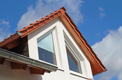 Dachgaube mit Spitzfenstern