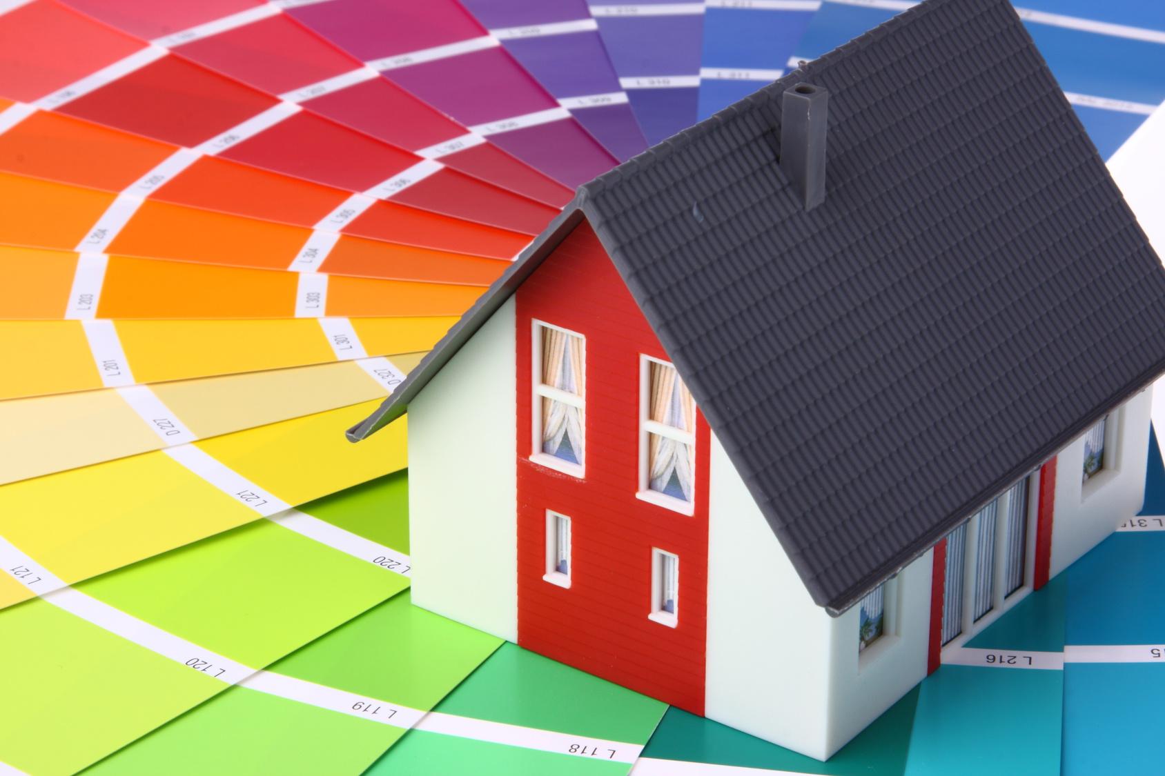 Die passende Fassadenfarbe zu finden ist nicht immer einfach