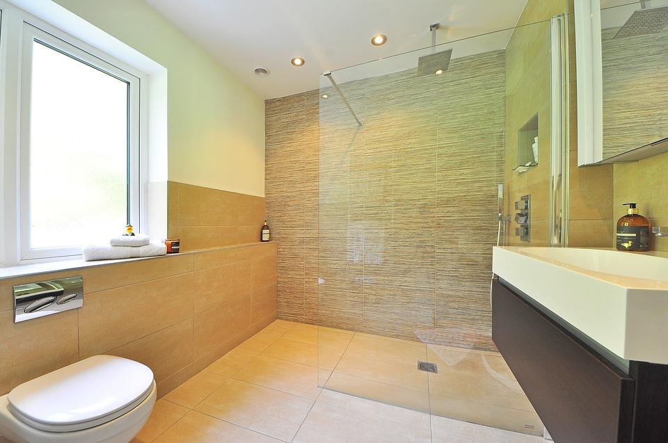 Badrenovierung: 5 Tipps und Tricks für kleine Bäder