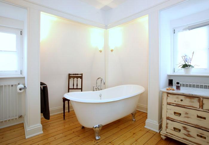 Landhausstil im Badezimmer – ein zeitloser Wohntrend