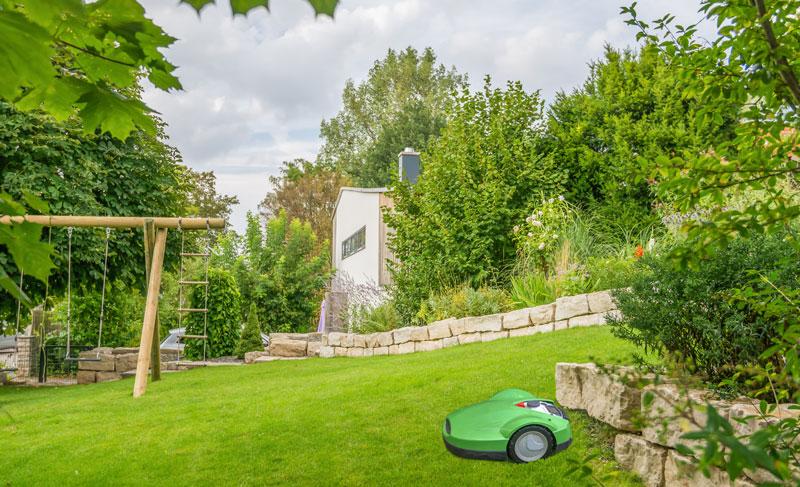 Mähroboter für den Rasen – für und wieder