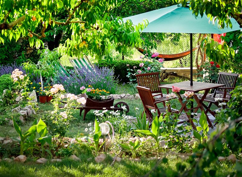 Gartenparadies: Schaffen Sie sich ein zweites Wohnzimmer unter freiem Himmel