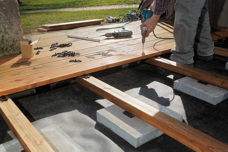 Holzterrasse – Ihr Sonnendeck im Eigenbau
