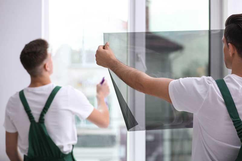 Fensterfolie anbringen