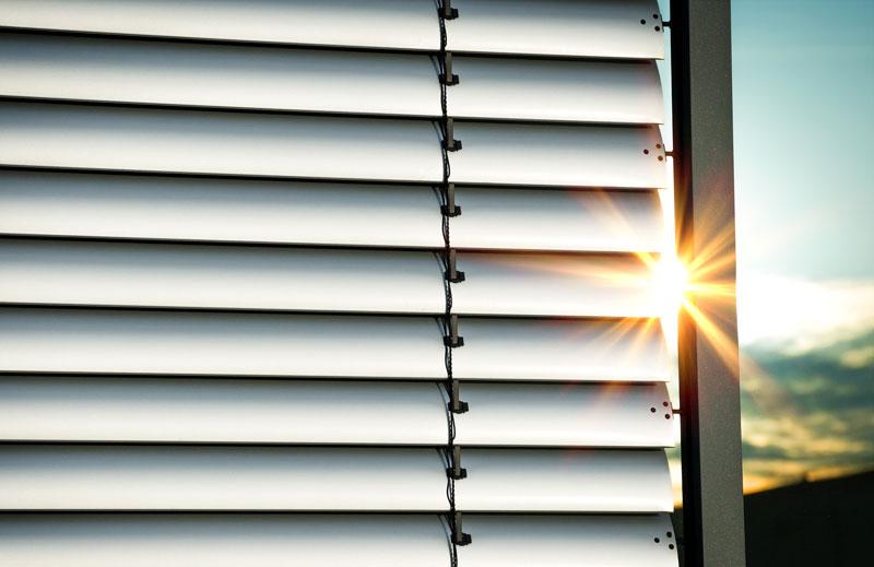 Die Hitze draußen halten – so bleibt's im Haus angenehm